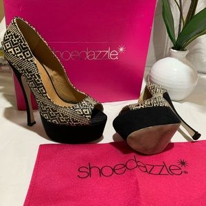 Shoe Dazzle Platform Peep Toe Heels